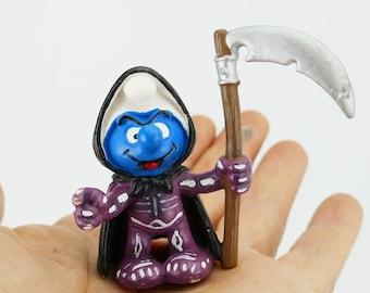 Vintage Schtroumpfs Smurf Halloween Grim Reaper Smurf Figure GERMANY Vintage Toy PVC Figurine