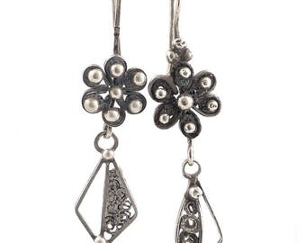 Old, vintage, antique, long Silver Berber filligree flower earrings from Morocco. Free shipping worldwide!