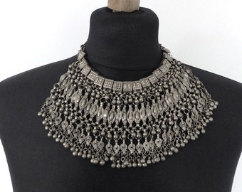 Old, vintage bridal Labba Labbeh Libbeh necklace from Yemen. Free shipping worldwide!
