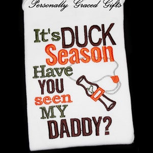 Pack my diapers I\u2019m hitting the blind with daddy duck hunting bodysuit