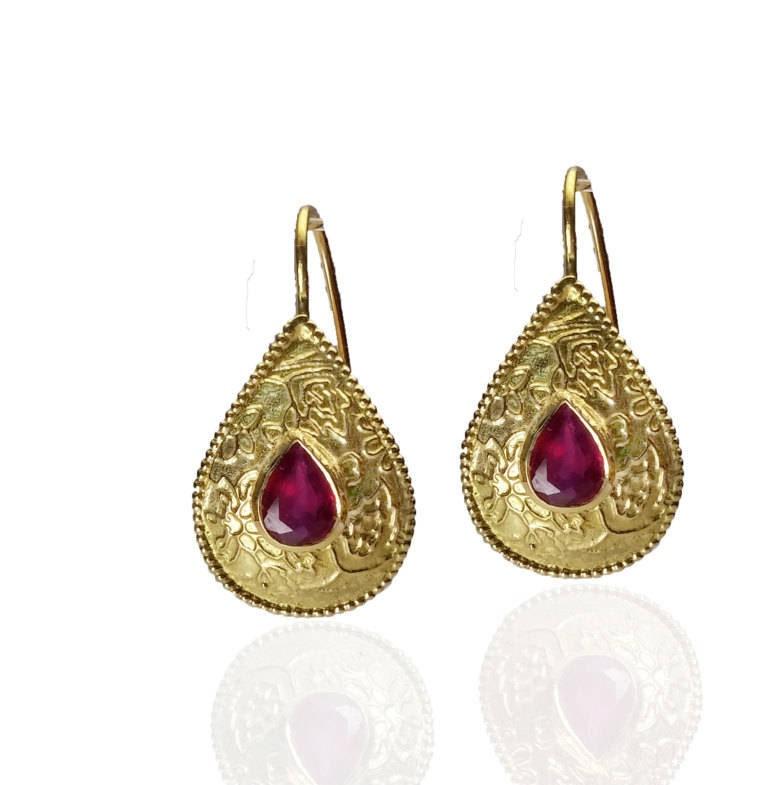 Dainty Gold Hoops Labradorite and Ruby Earrings,14K Gold and Ruby Earrings Small Boho Earrings Ruby Boho Earrings