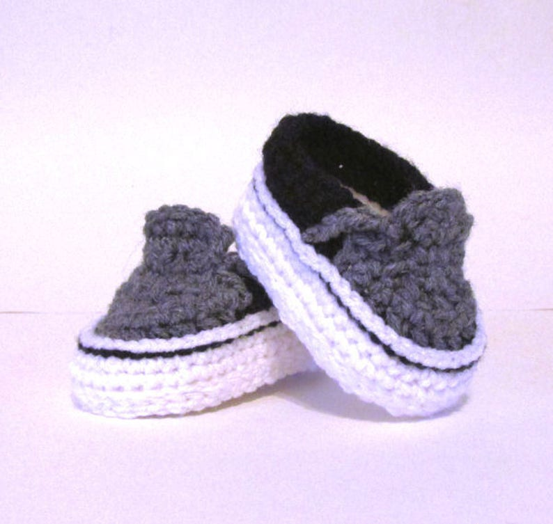 e7ecfea58f Baby Sneakers Baby Shoes Crochet baby boy shoes vans style