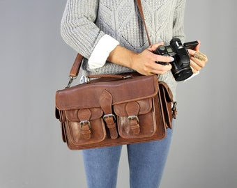 The Tog Camera Bag: Vintage style brown leather camera bag unisex womens