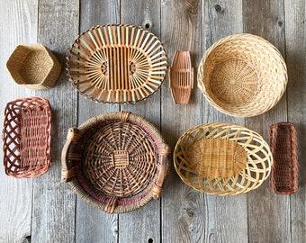 Designer Green Color Fruit Basket Bowl Handcrafted-74 Round Basket Handcrafted Weaved Basket Bowl| Woven Bowl|Sisal /& Sweetgrass Basket Size 12inches Straw African Gift Shop| Rwanda Basket Bowl
