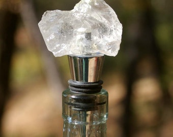 Bottle Topper, Uncut Quartz Crystal Wine and Bottle Stopper - Wine Bottle, Wine, Stopper, Bottle Stopper, Bottle Topper, Wine Lover