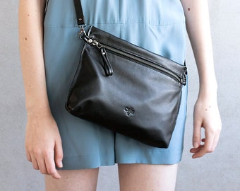 Small Leather Bag, Black Rustic Purse, Women Crossbody Bag, Leather Purse, Small Leather Clutch, Handbag