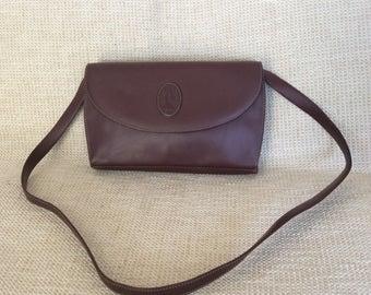 773fa877cdf9 Genuine vintage must de CARTIER burgundy leather flap leather shoulder bag  and clutch