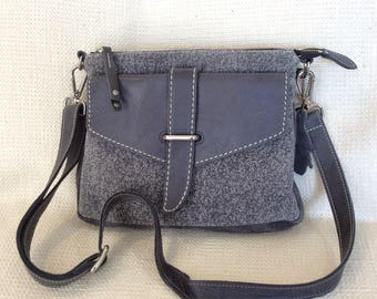 fe7f53942f Vintage ROOTS Canada gray leather cross body messenger bag