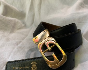 6a375808587 Vintage iconic GUCCI reversible logo black and tan leather belt with logo  unisex medium