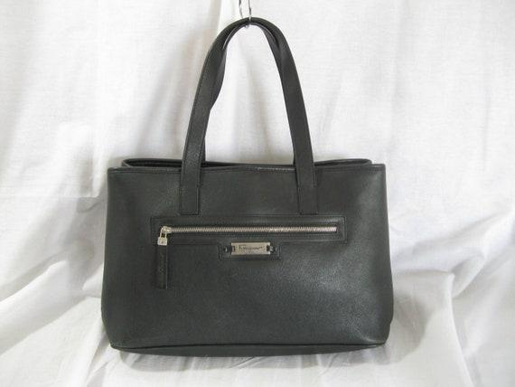 Vintage classic SALVATORE FERRAGAMO black leather logo tote  614027c04c483