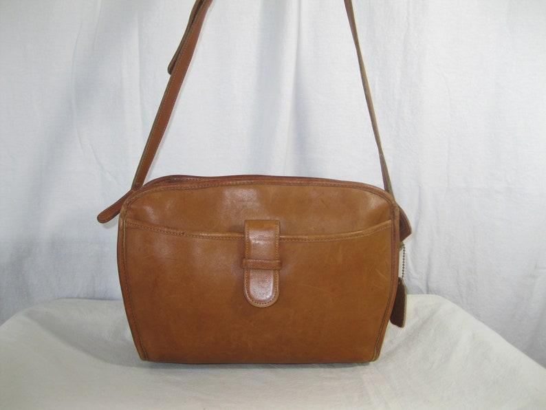 1918b14417443 Genuine vintage COACH tan leather shoulder bag purse New York