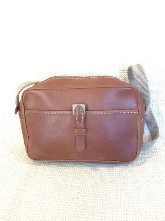 Vintage TRAFALGAR tan leather shoulder bag 90s