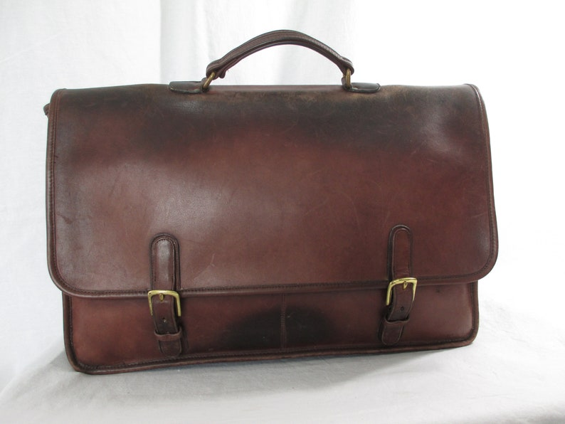 d048969715 Vintage COACH New York City brown leather business work briefcase  distressed 80s