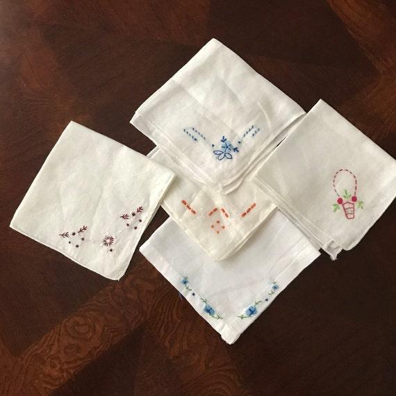 Vintage Handkerchiefs Set Of 4 Colors Of Blue Red And White 1950/'s Handkerchiefs vintage textiles Ladies Hankies