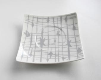 Ring Dish - Trinket Dish - Small Dish - Porcelain Dish - Vintage Dishes