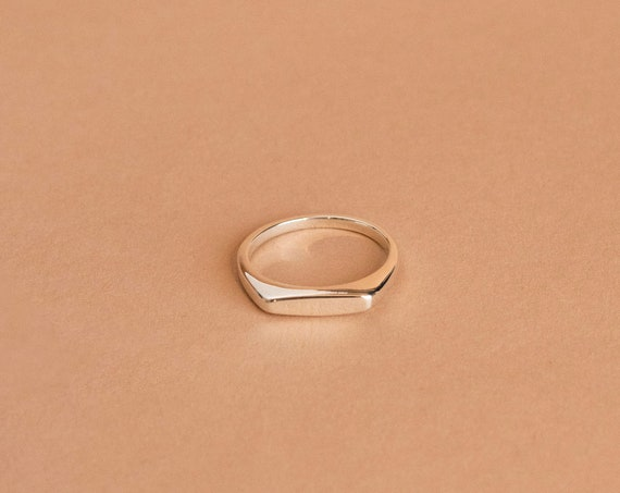 Minimalist silver signet ring