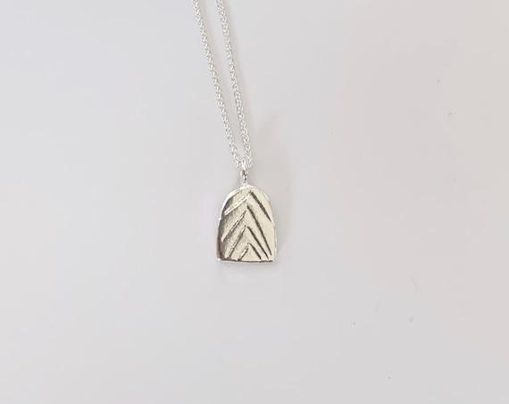 WAVES silver pendant
