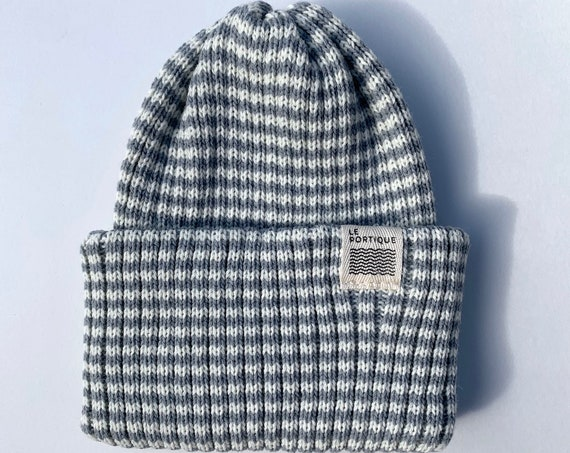 Adult maritime tuque - cream and grey line