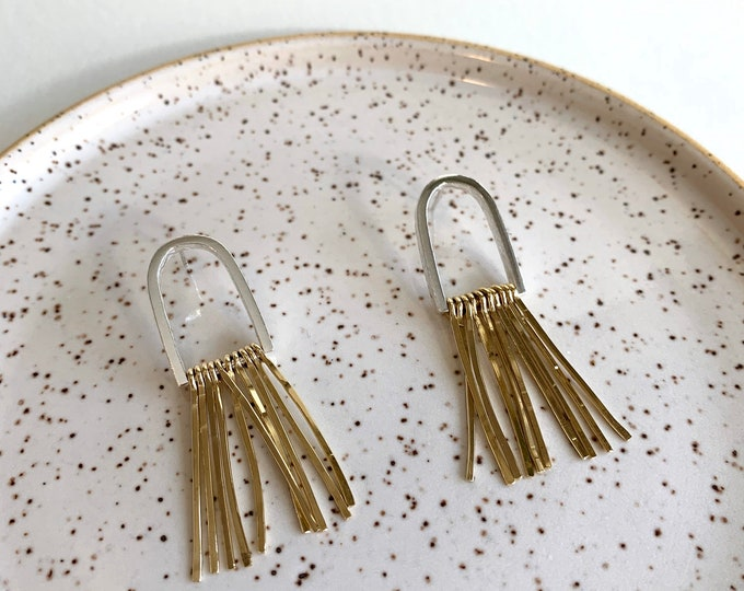 Brass fringes LÉO earrings