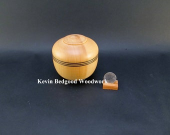 Box Lidded Container Ginko wood hand turned Jewelry stash