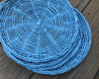 FOUR Wicker Paper Plate Holders Picnic Colorful Painted Upcycled. blue, Summer Outdoor