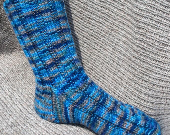 Pattern - Jean's Socks to Knit: four sizes!