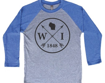 Homeland Tees Wisconsin Arrow Tri-Blend Raglan Baseball Shirt