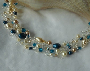 Baroque Classic II- Crochet Wire Necklace with Swarovski crystal and pearls