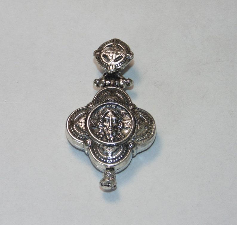 7f032db2368d Cruz de plata esterlina Jesus Locket Santos católicos