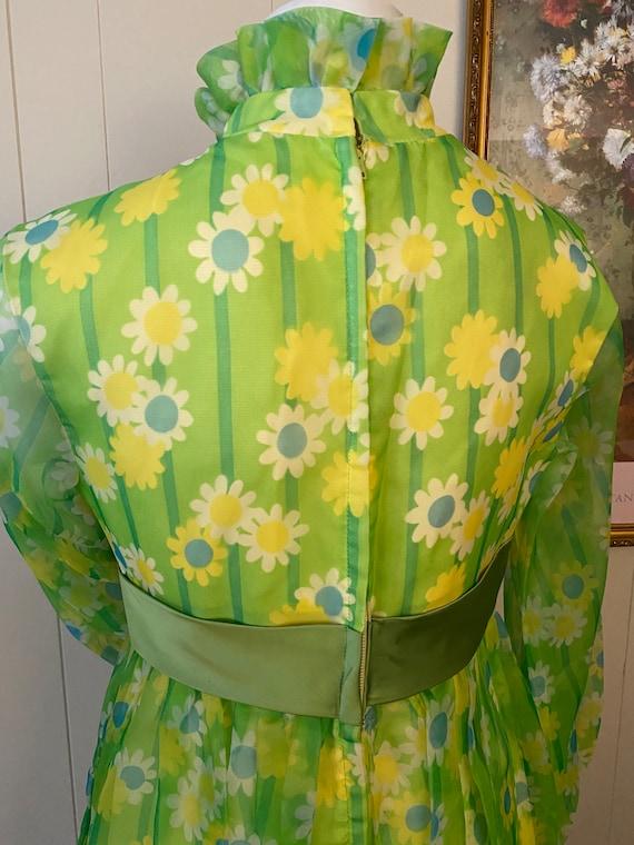 Funky Vintage Floral 60s/70s Dress - image 4