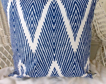 Navy Blue and White Ikat pillow cover  - Fall pillow covers - Chevron pillows - decorative pillow cover - Designer fabric pillows