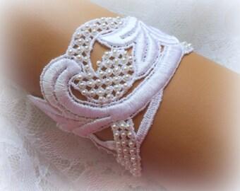 6.75 inch White Lace Bracelet / Wedding Lace Bracelet / Bridal Wrist Cuff