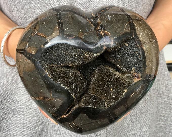 LARGE 6.62lbs Natural Dragon Septarian  Druzy Heart Crystal, Septarian Gemstone Heart Specimen Mineral healing, Gemstone Rock Septarian