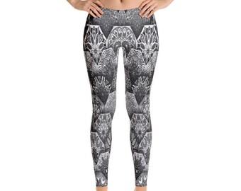Womens Leggings, Boho Batik Hippie Print Leggings, Exercise Yoga Pants, Bohemian Geometric Hippy Custom Printed Leggings XS S M L XL Size