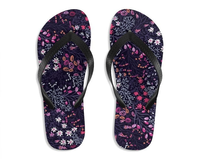 Unisex Flip Flops, Floral Flowers Print Sandals, Wildflowers Summer Beach Flip Flops, Beach Shoes, Boho Flip Flop Shoes Footwear Accessories