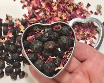 Bulk 2oz Mini Garnet Crystals Rose Petals, Heart Tin Gift, Wedding Gift, Wedding Favors, Love Romantic Gift, Natural Garnets, Dried Roses