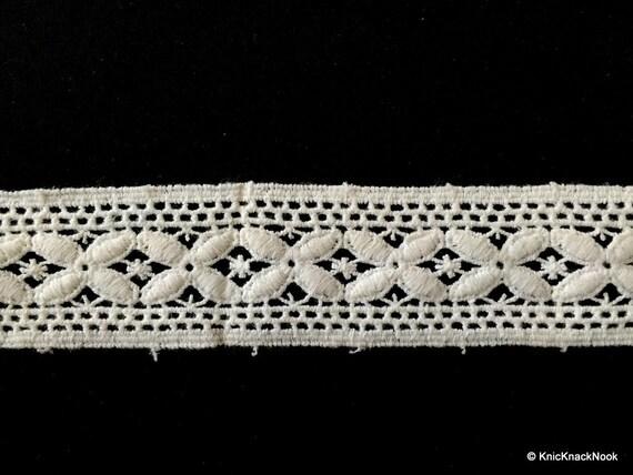 White Embroidery Flower Pattern Crochet Cotton Lace Trim Etsy