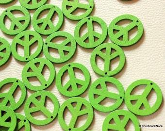 10 x Green Peace Wood Beads 24mm