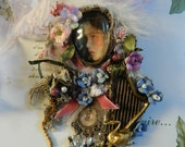 Flower harp necklace, feminine swan jewellery, ornated and beaded, jewellery for her, hortensia silk petals, crystal, laces