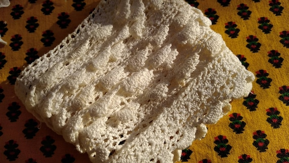 French lace Antique Hand Crocheted Lace Braid French 1900's Cotton Home Decor Lace Sewing Project #sophieladydeparis