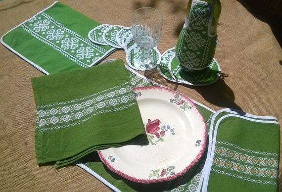13 Vintage Napkins Placemats Coasters French Folk Linens set Green Linen White Embroidered Basque Design #sophieladydeparis