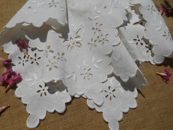 Victorian Tea Tablecloth French Off White Linen Handmade Hand Embroidered Butterfly Flowers Cut Work Lace #sophieladydeparis