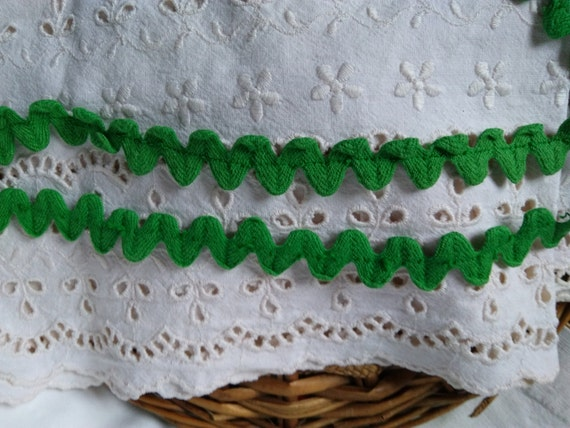 5.50 + Yards Vintage Large Green Cotton Picot Trim French Passementerie Sewing Project Home Decor #sophieladydeparis