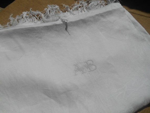 Victorian Tablecloth White Linen and Silk Damask Linen Fringed French Handmade #sophieladydeparis