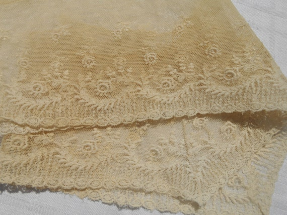 Victorian Collar Lace Tulle Embroidered Collar Sewing Supply French Off White Cotton Sewing Project #sophieladydeparis