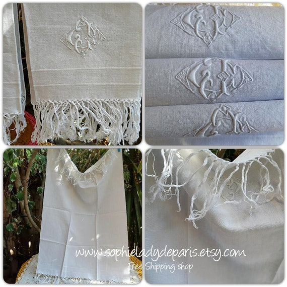 Antique bath Towel French White Linen Fringed Towel #sophieladydeparis