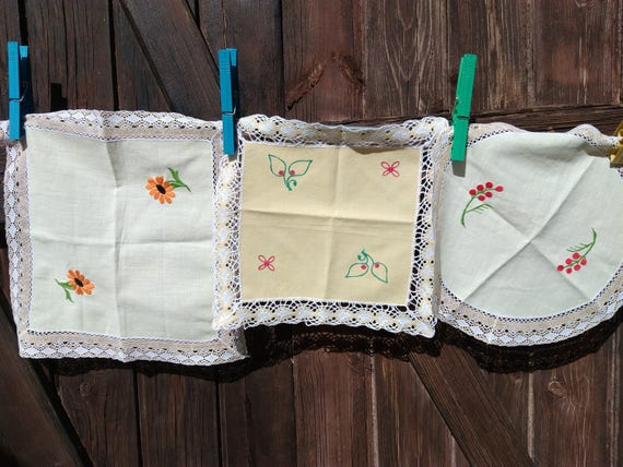 1930's Doilies set of 3 Yellow French Cotton Lace Trim Sewing Assemblage #sophieladydeparis