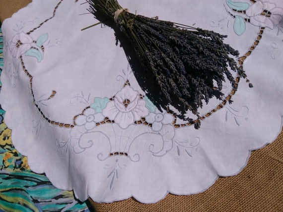 Large Antique French Table Center Scalloped White Cotton Pastel Pink Green Rose Hand Embroidered Cut Work #sophieladydeparis
