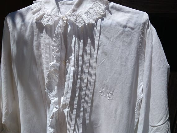 Long Victorian Nightgown White Cotton Gown French Handmade Monogram Ruffled Eyelet Lace Front Buttoned Long Sleeve Large #sophieladydeparis