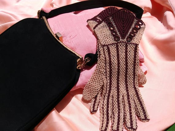 "Lace Gloves Art Deco High Fashion Gloves Unused French Filet Beige Cotton Burgundy ""V"" Purl Size Medium 7 Bride Gloves #sophieladydeparis"